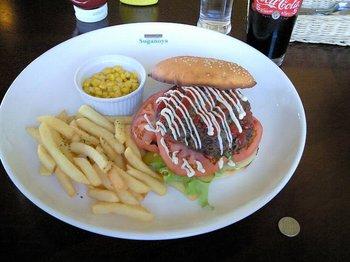 jumboburger002.jpg